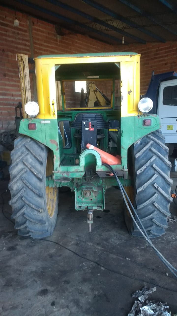 tractor8401